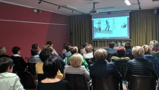 El SIAD de la Noguera imparteix un taller a l'Associació de Dones El Roser de Vallfogona de Balaguer