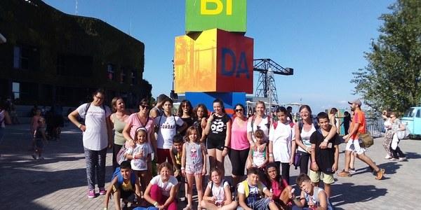 El Servei d'Intervenció Socioeductiva de la Noguera visita el parc d'atraccions del Tibidabo