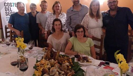 Un tast de vins de les bodegues Costers del Segre emmarca l'inici de les 24es Jornades Gastronòmiques del Bolet a l'Alta Ribagorça